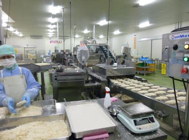 プライフーズ株式会社 三沢みどりの郷工場(冷凍食品の製造(日勤アルバイト))